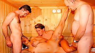 porno-s-russkoy-prostitutkoy-v-saune