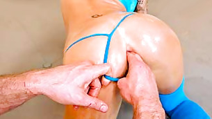 Hot athletic whore lets her sinewy boyfriend finger her anal